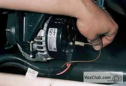 генератор возбуждается ваз 2110