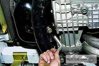 Шевроле нива сколько масло в двигателе