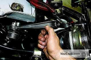 замена поворотный кулак ваз 2131