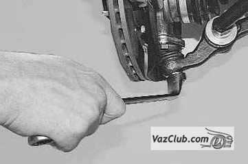 Снятие и установка шаровой опоры Лада Приора