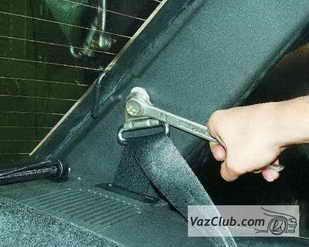 zamena zadnego remnya 4 - Установка задних ремней безопасности на ваз 21099